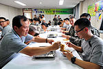 2015.9.25 25사단 GOP 장병들의 아주 특별한 추석 Chuseok, Korean Thanksgiving Day, Republic of Korea Army The 25th Infantry Division (22171867713).jpg