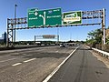 2018-07-19 07 48 49 View south along Interstate 287 and New Jersey State Route 17 just north of Exit 66 (SOUTH New Jersey State Route 17, Mahwah) in Mahwah Township, Bergen County, New Jersey.jpg
