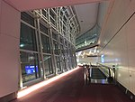 201801 Arrival Corridor of HND Intl Terminal.jpg
