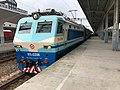 201907 SS8-0206 hauls K575 at Jiaxing Station.jpg