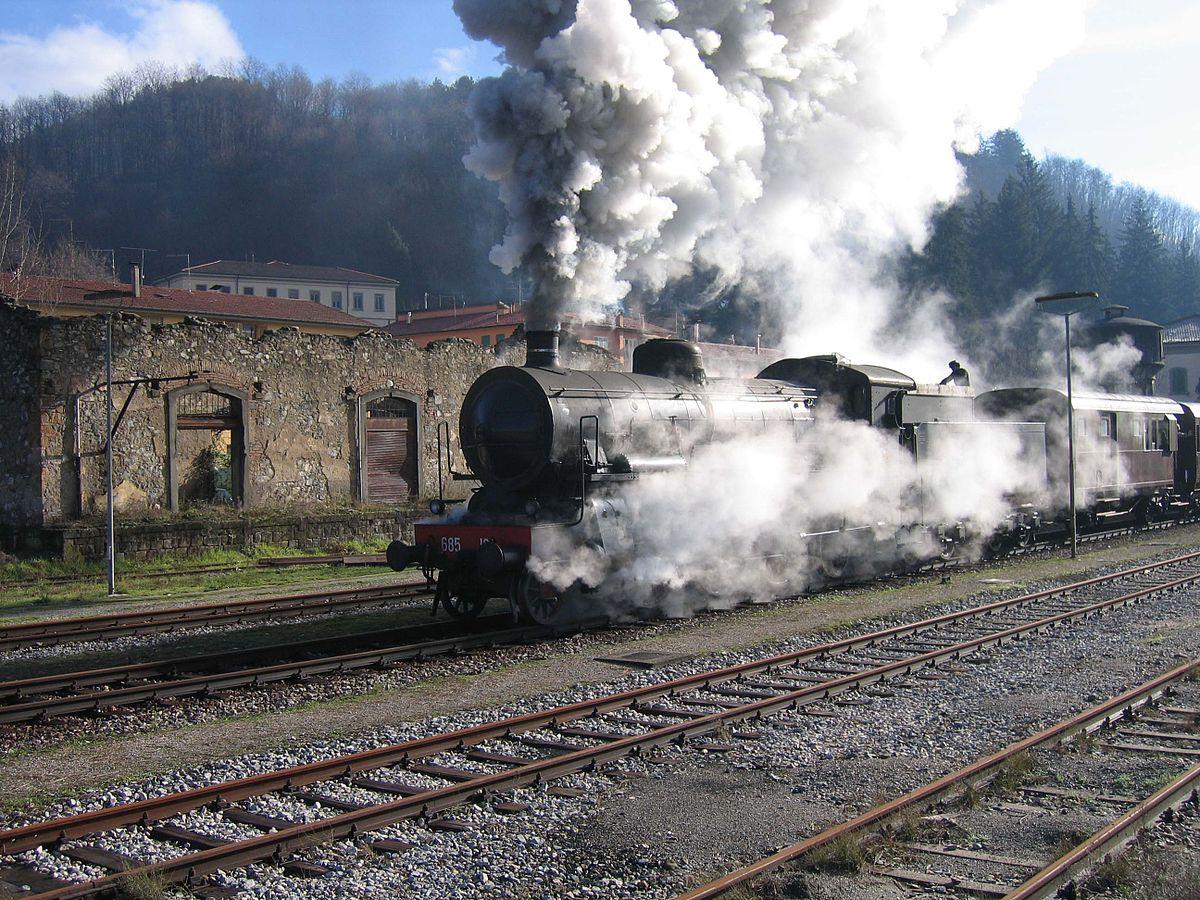 appassionati di ferrovie che risalgono Ashley Benson incontri 2013