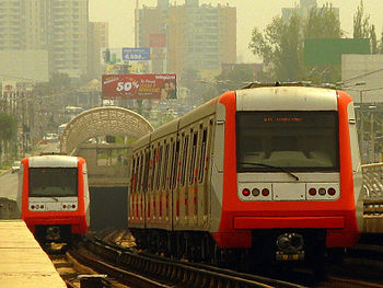 AS 2002%2C Metro de Santiago