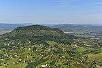 A Szent György-hegy látképe a magasból.jpg