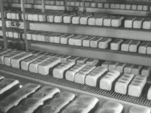 File:Achter de schermen van de 'warme' en 'koude' bakker Weeknummer 73-39 - Open Beelden - 15448.ogv