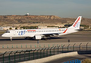 Air Europa - Embraer ERJ-190-200LR (195LR).jpg