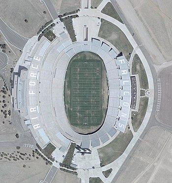 Description de l'image Air Force Football Stadium Satellite.jpg.