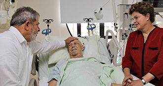 José Alencar - Alencar, visited by Presidents Lula and Rousseff, receiving anticancer treatment at Sírio-Libanês Hospital in São Paulo, December 23, 2010.