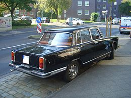 Alfa Romeo 2600 Berlina 106.00 1962-1969 backleft 2011-10-02 U.jpg