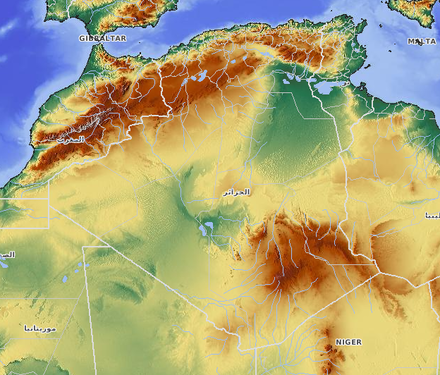 The Sahara, the Hoggar and the Atlas mountains compose the Algerian relief. Algeria relief.png