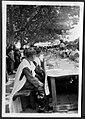 Almoço de crianças em dia de Comunhão Solene na Av. Padre Diogo de Vasconcelos (Figueiró dos Vinhos) (3569247353).jpg