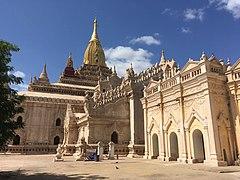 Ananda Temple 1.jpg