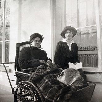 Anna Vyrubova - Anna Vyrubova with Grand Duchess Olga Nikolaevna in 1916. Courtesy: Beinecke Library.