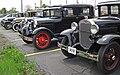 Antique cars 3 (31717451358).jpg