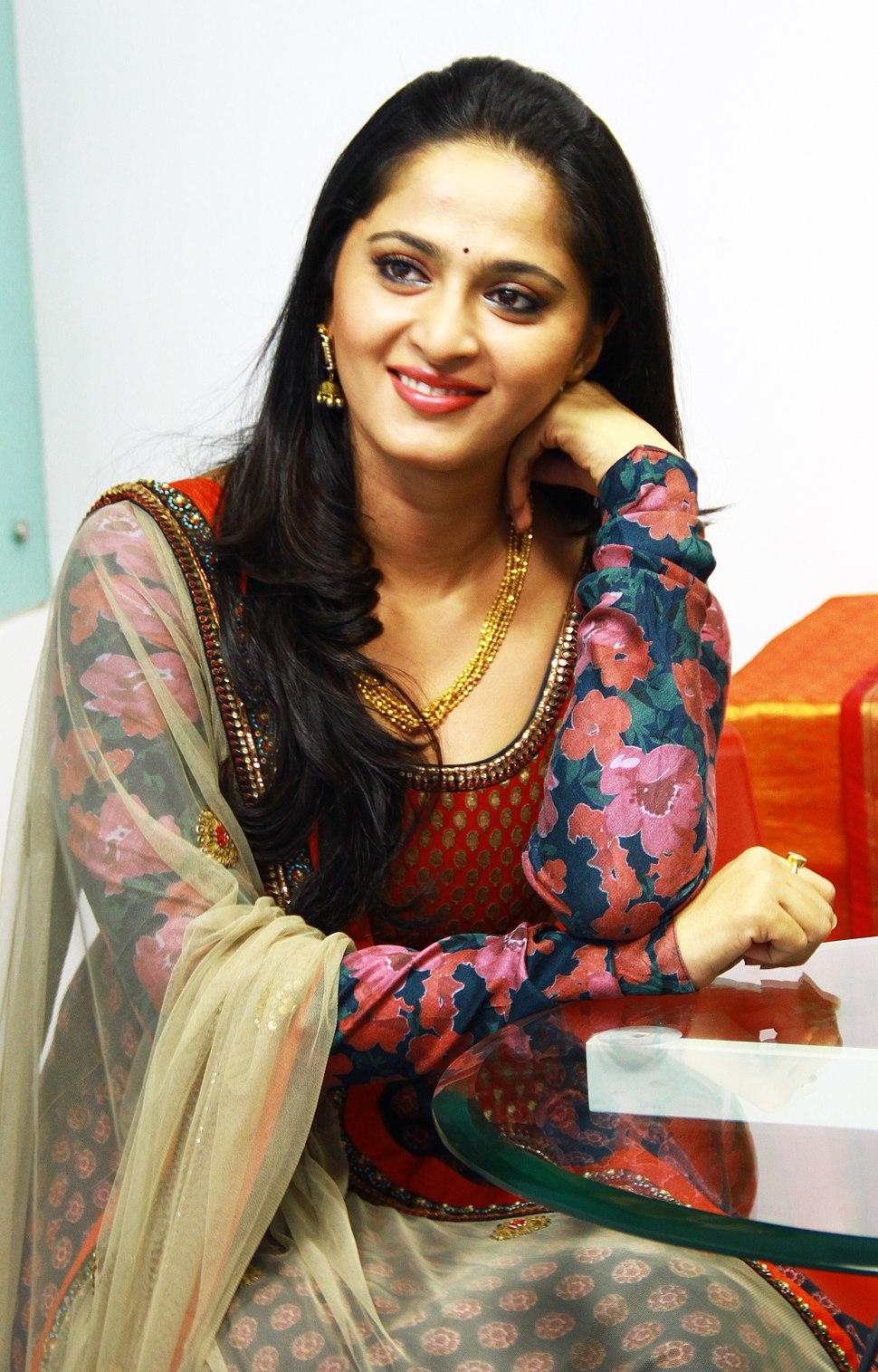Anushka Shetty2