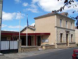Arbanats Mairie.jpg