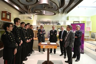 Ares J. Rosakis - Caltech President Jean-Lou Chameau and Ares Rosakis addressing École Polytechnique students during a ceremony to sign an agreement for a Master's Education Exchange Program in Aeronautics/Space Engineering and Mechanics.