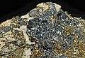 Arsénopyrite, pyrite et calcite (Mexique).JPG