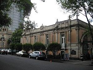 Avenida Álvaro Obregón - Casa Lamm Cultural Center