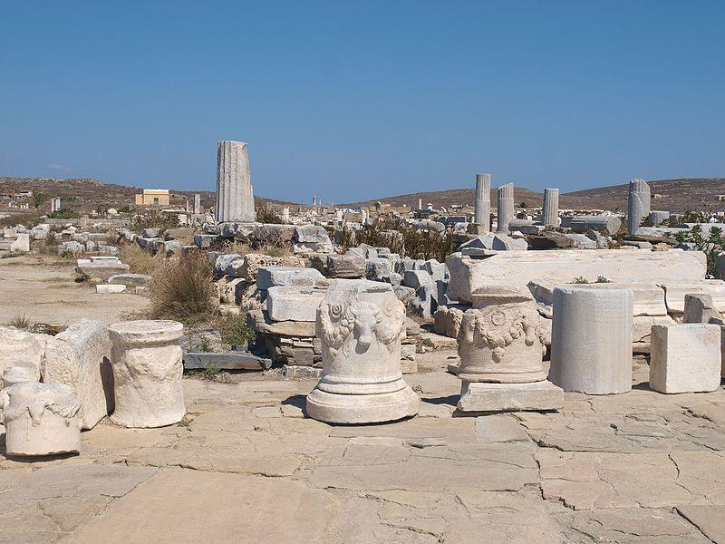 File:Artifacts on Delos (VII) (5183072112).jpg