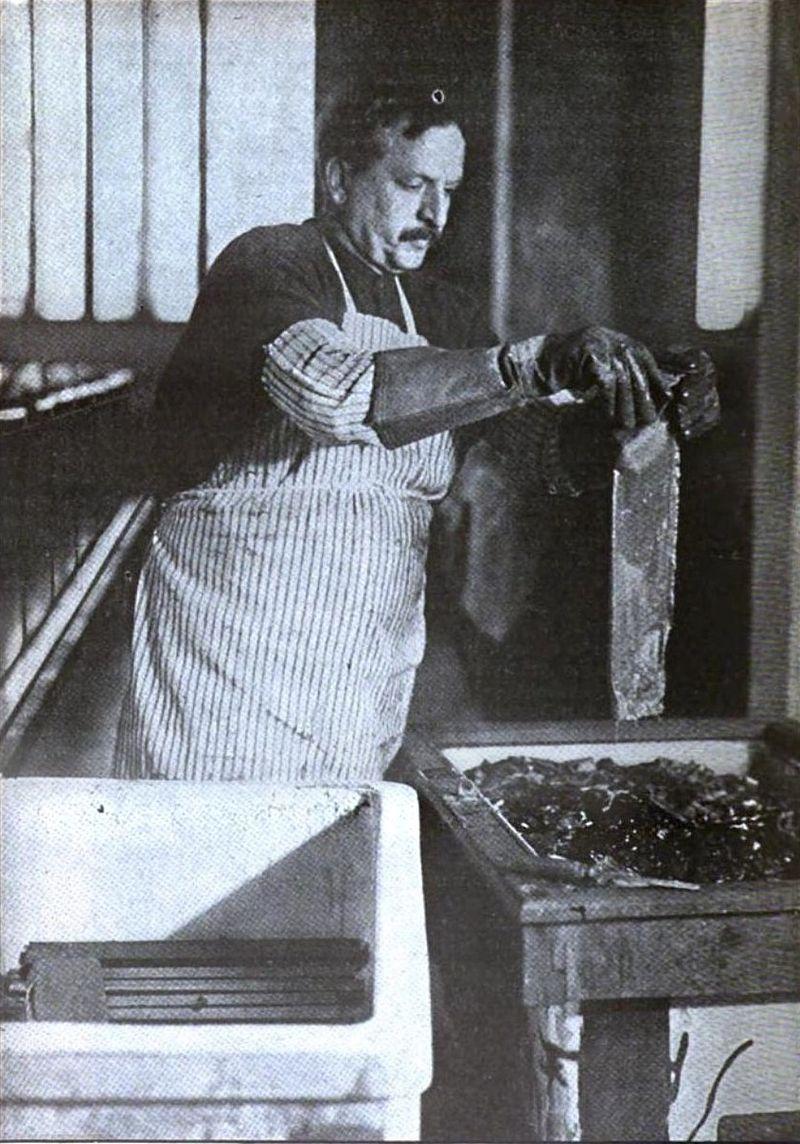 Assayer, 1916.jpg