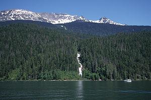 Azure Lake - Azure Lake at Garnet Falls with Tryfan Mtn behind