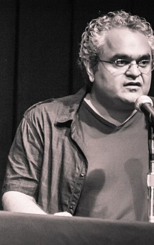 Babak Payami at Tirgan Festival, 2013 (cropped).jpg