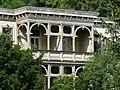 Bad Blankenburg - ehem. Hotel Chrysopras - Balkon an der Nordostfassade von Osten.jpg