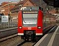 Bahnhof Weinheim - DB-Baureihe 425 - 425-818 - 2019-02-13 14-46-41.jpg