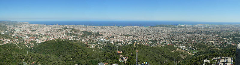 A panoramic view of Barcelona (click to enlarge)