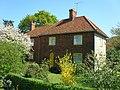Barnsley Cottage - geograph.org.uk - 407502.jpg
