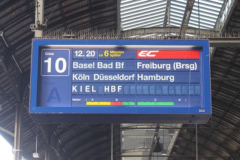 File:Basel SBB EC2 Anzeiger 211214.jpg
