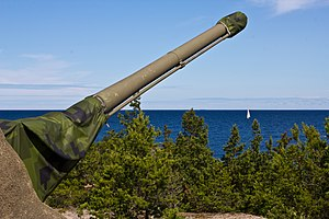 10.5 cm tornautomatpjäs m/50 - Bofors 105 mm m/50 at northern Arholma, Sweden. This is the last gun of its type left.