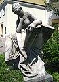 Berlin, Mitte, Nikolaiviertel, Skulptur Kriegswissenschaft von Reinhold Begas.jpg