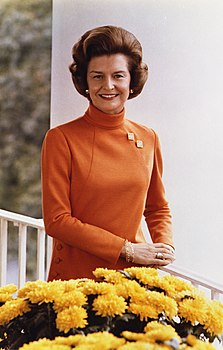 Betty ford official white house photo color 1974