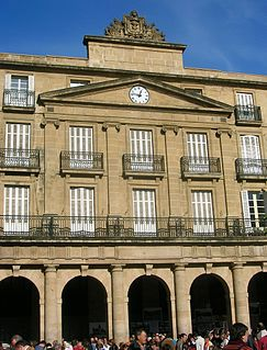 Euskaltzaindia official academic language regulatory institution which watches over the Basque language