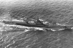 Blower (SS-325) off the New England coast.jpg