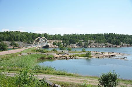 Bomarsund bridge 2014.jpg