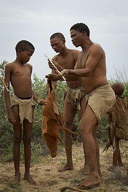 Bosquimanos-Grassland Bushmen Lodge, Botswana 08