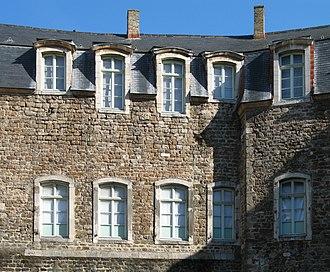 Château de Boulogne-sur-Mer - Detail of the inner court