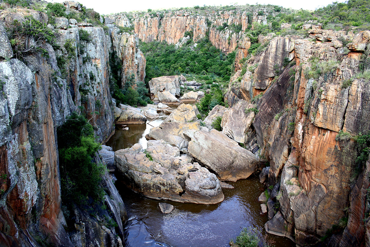 File:Bourke's Luck Potholes, Blyde River Canyon Nature ...