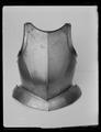 Bröstharnesk, till typen 1500-talets mitt - Livrustkammaren - 70749.tif