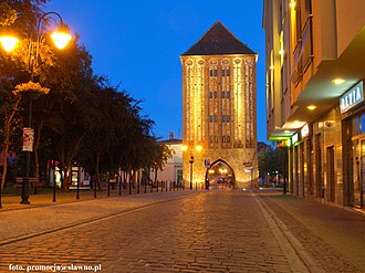 Sławno - Medieval brick gate