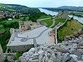 Bratislava, Devín, pohled na východní polovinu Devínského hradu.jpg