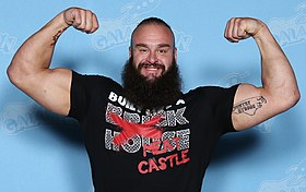 Braun Strowman Photo Op GalaxyCon Raleigh 2019.jpg
