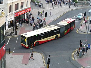 Articulated vehicle - An articulated Mercedes-Benz Citaro, bending as it turns a corner.