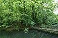 Brug naar eiland met grot in het kasteelpark van Wespelaar - 370052 - onroerenderfgoed.jpg