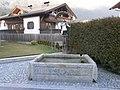 Brunnen mit hl. Johannes Nepomuk.JPG