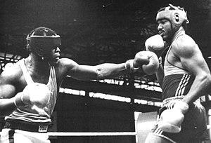 Biko Botowamungu - Cuban Jorge Luis González (right) versus Biko Botowamungu in 1987 in Halle