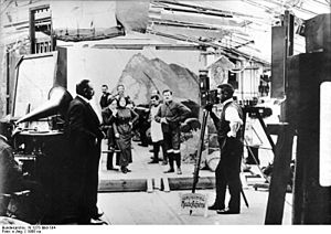 Bundesarchiv N 1275 Bild-184, Tonbildaufnahme mit Oskar Messter.jpg