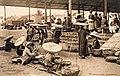 Cảnh buôn bán ở chợ Đồng Xuân xưa (Congais au Grand Marché).jpg